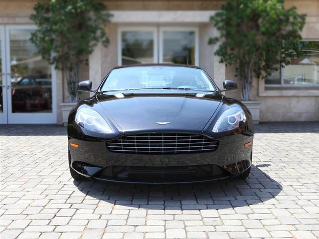 2014 ASton Martin db9 coupe front