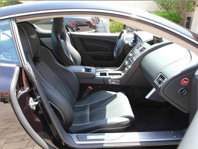 2014 ASton Martin db9 coupe front seats